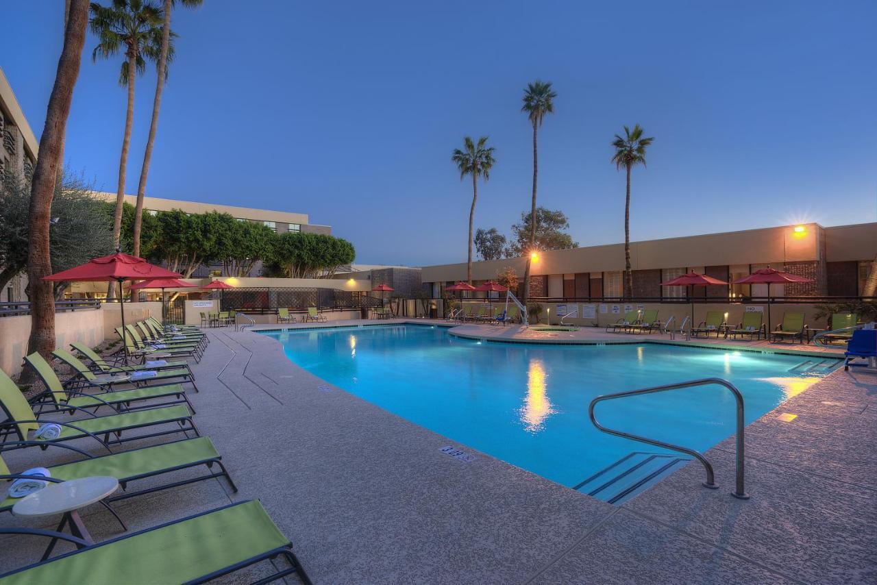 Отель  Отель  DoubleTree By Hilton Phoenix North