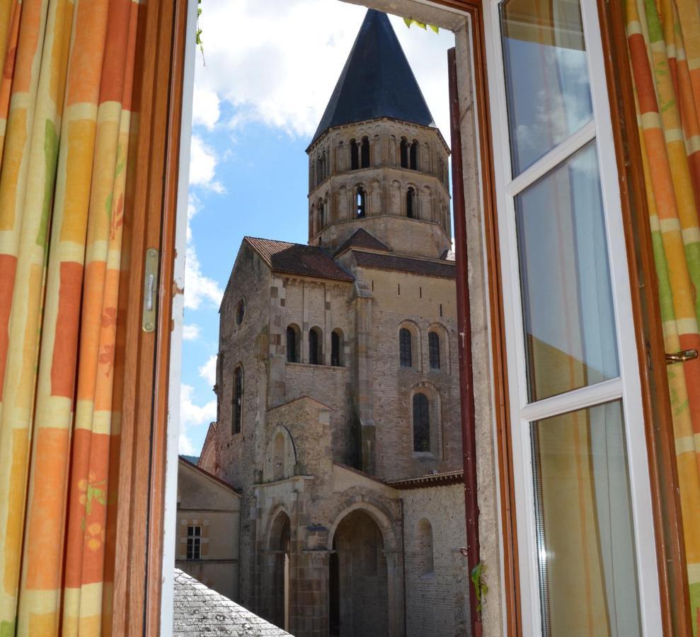 Отель  Hotel de Bourgogne  - отзывы Booking