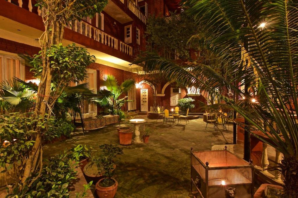 Отель  Отель  Ranjit's Svaasa Amritsar