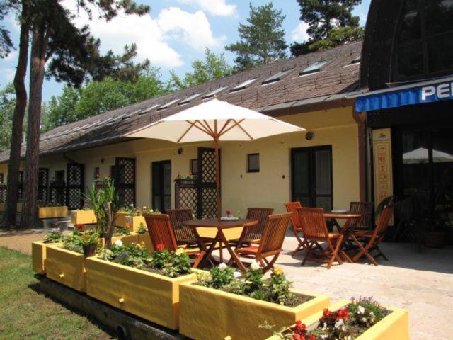 Отель  Part Hotel Balatonlelle  - отзывы Booking