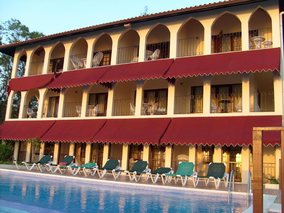 Отель Le Mirage