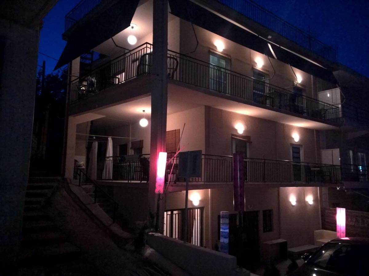 Апартаменты/квартиры  Rooms & Studios Kampouri  - отзывы Booking