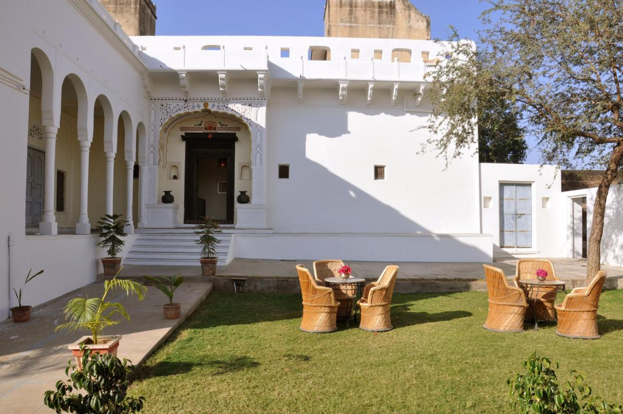 Отель  Hotel Chobdar Haveli  - отзывы Booking