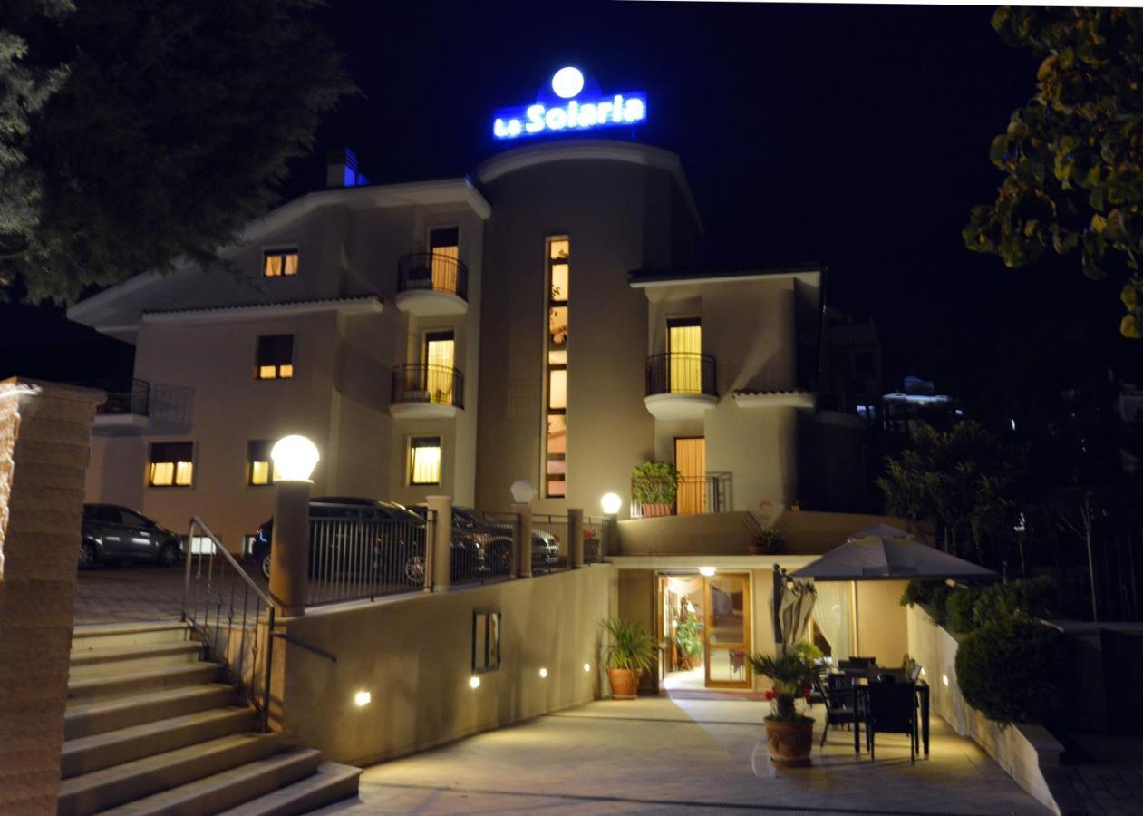 Отель La Solaria