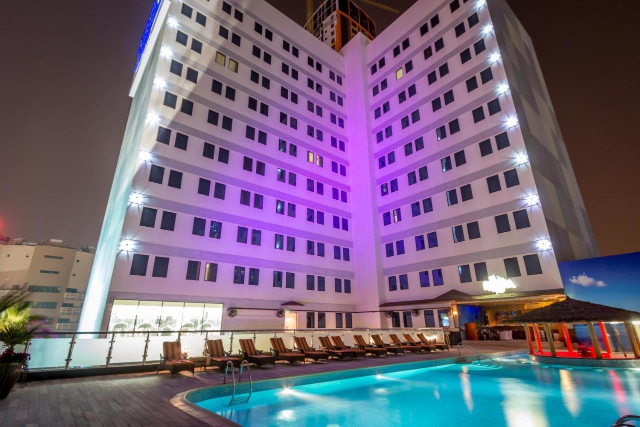 Отель  Отель  Elite Crystal Hotel