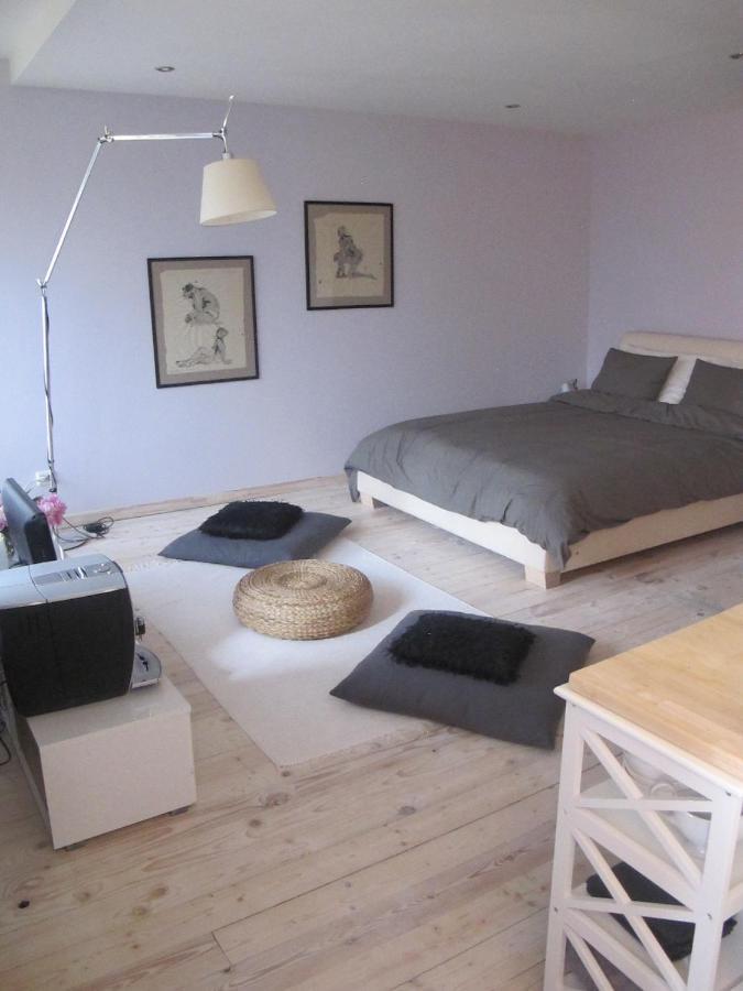 Апартаменты/квартира  Liepaja Pine Apartment  - отзывы Booking