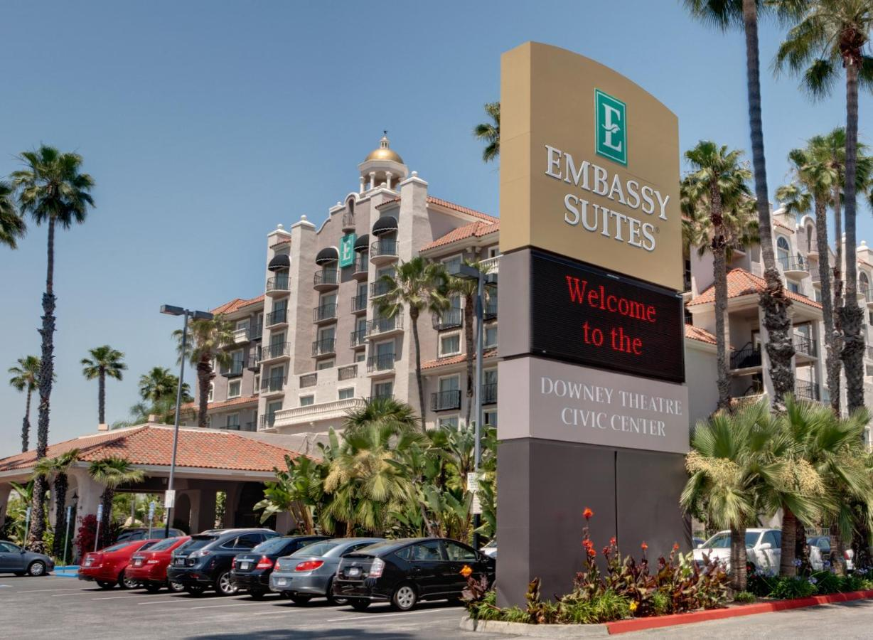 Отель  Embassy Suites Los Angeles - Downey