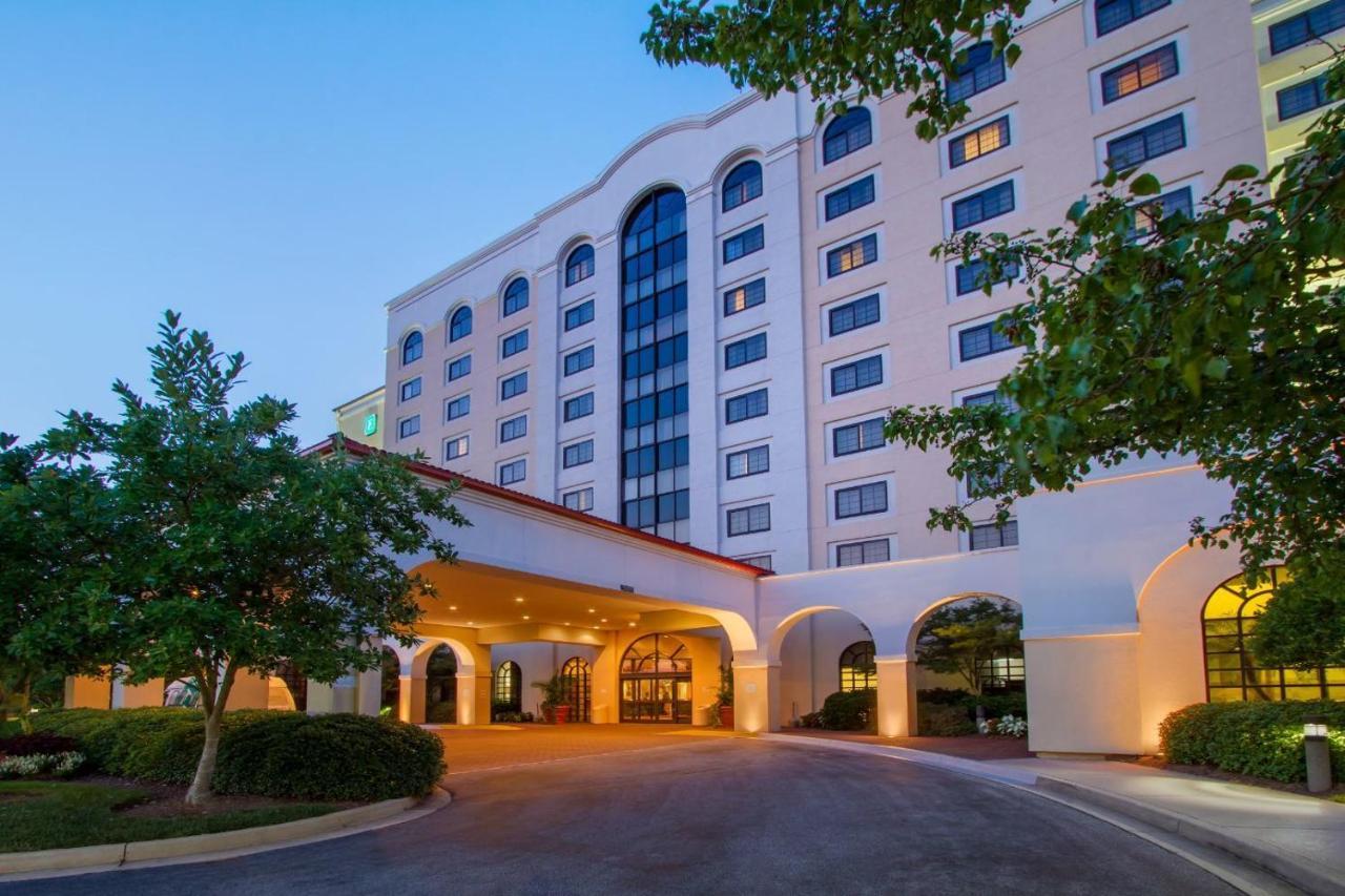 Курортный отель  Курортный отель  Embassy Suites Greenville Golf Resort & Conference Center