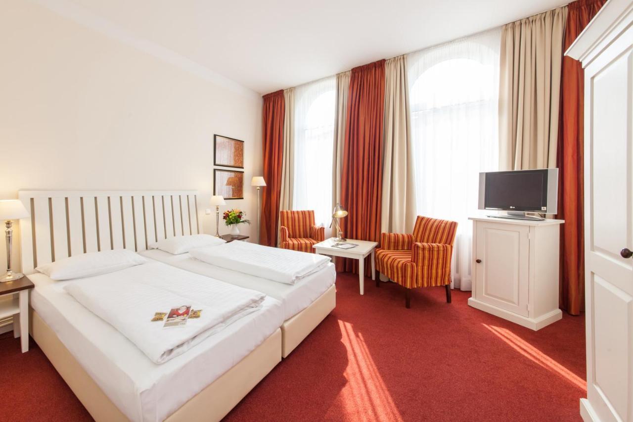 Отель  Отель  Novum Hotel Bremer Haus