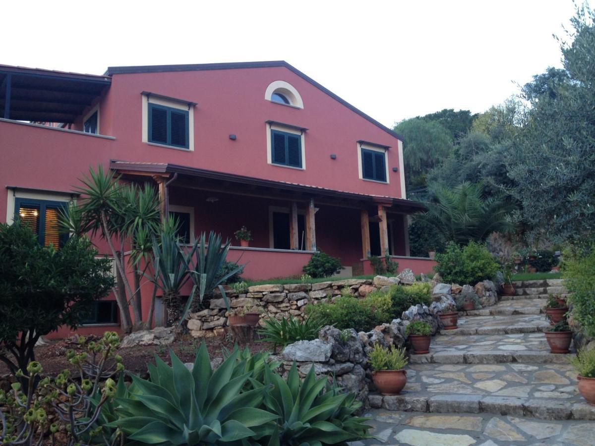 Отель типа «постель и завтрак»  Bouganvillea Home  - отзывы Booking