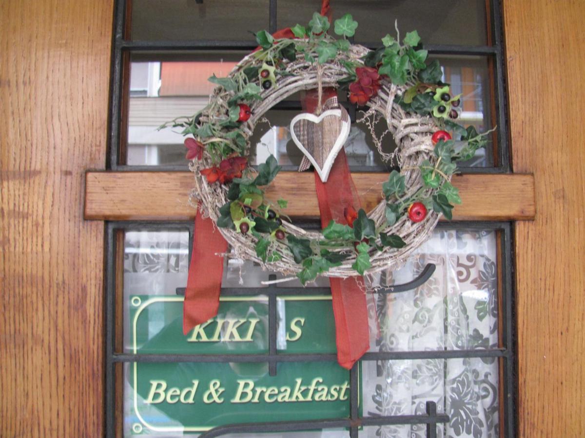 Отель типа «постель и завтрак»  Отель типа «постель и завтрак»  Kiki's B&B