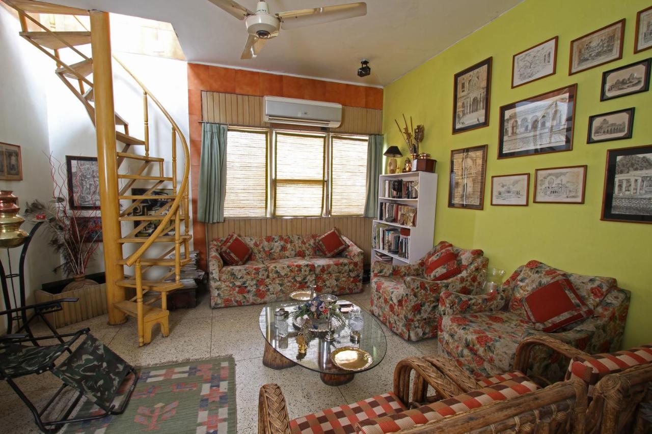 Проживание в семье  Nina Kochhar's Homestay