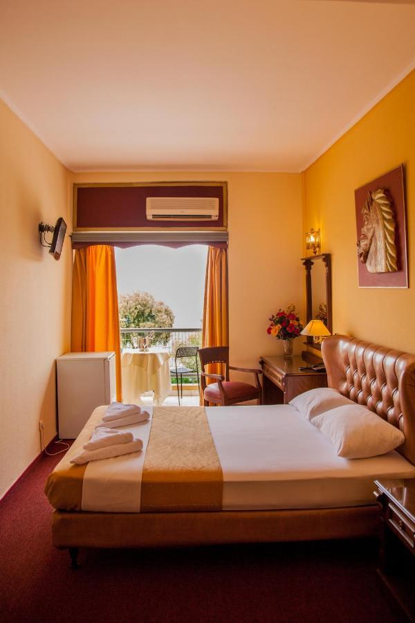 Отель  Galini Palace  - отзывы Booking