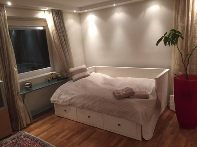 Апартаменты/квартира  Book-A-Room Alpen Apartment Salzburg