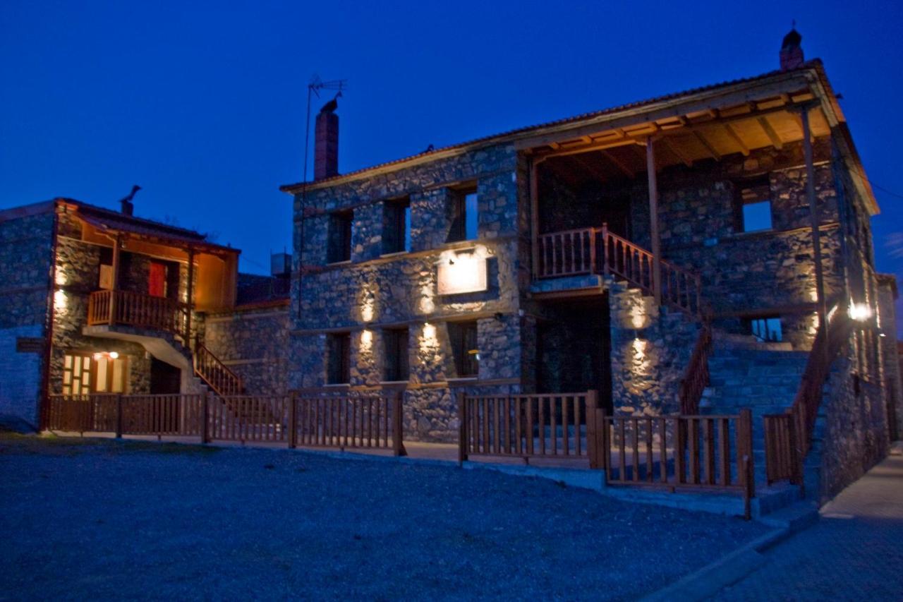 Гостевой дом  Traditional Guesthouse Siantsis