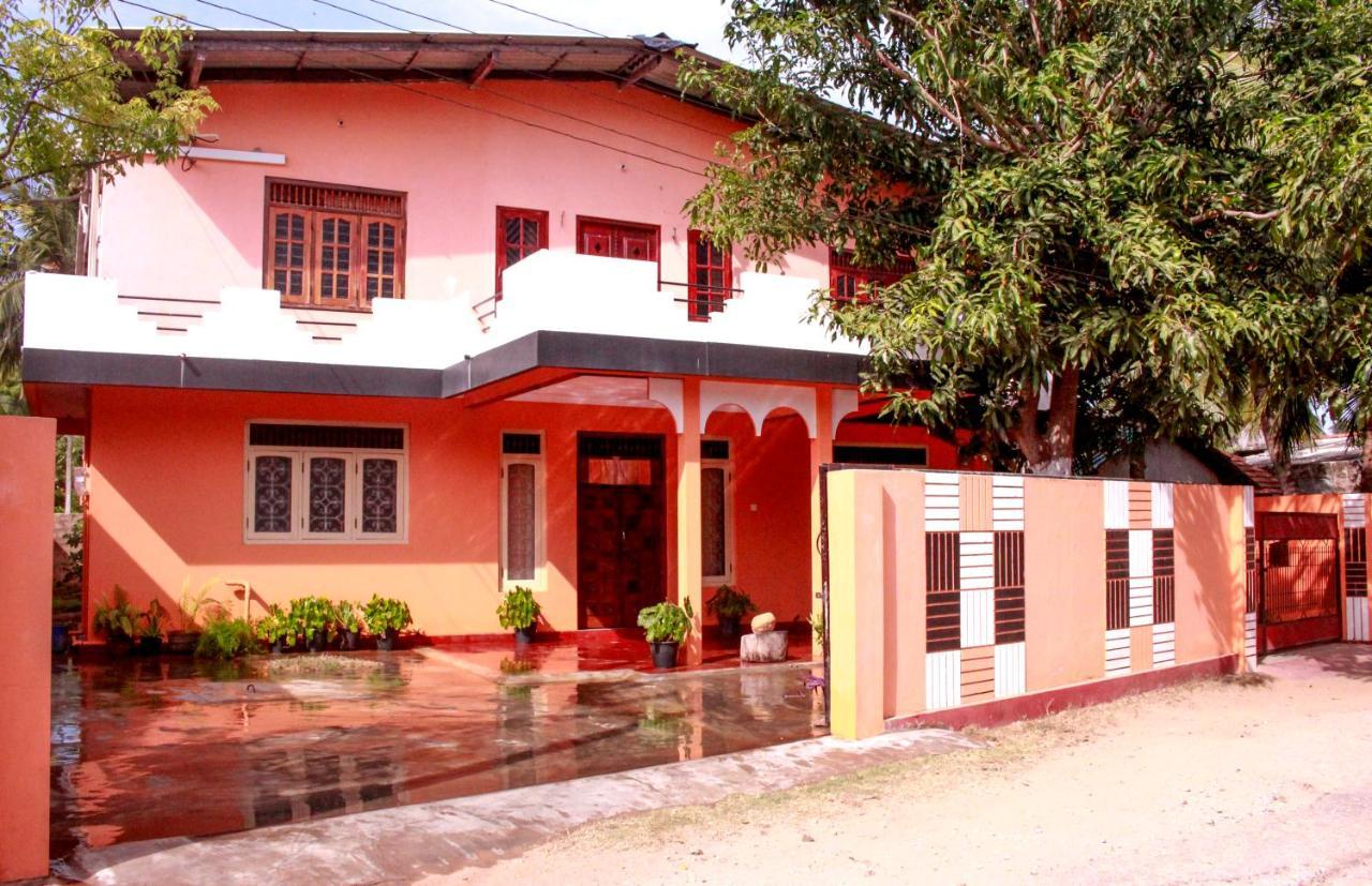 Гостевой дом  D'Villa Guest House