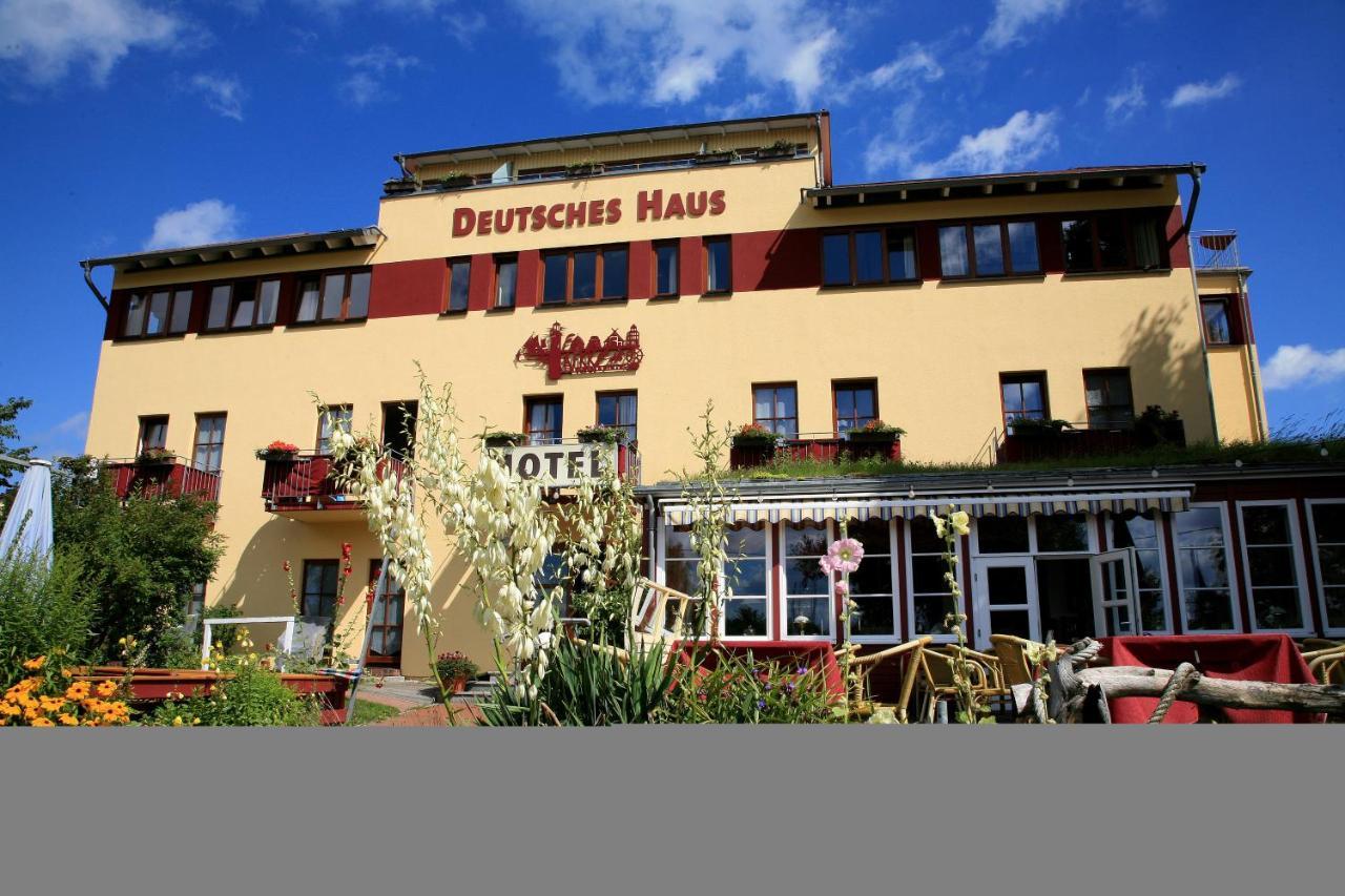 Отель  Hotel Deutsches Haus Am Fischländer Hafen