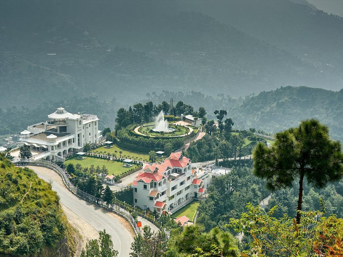 Курортный отель  Club Mahindra Kandaghat  - отзывы Booking