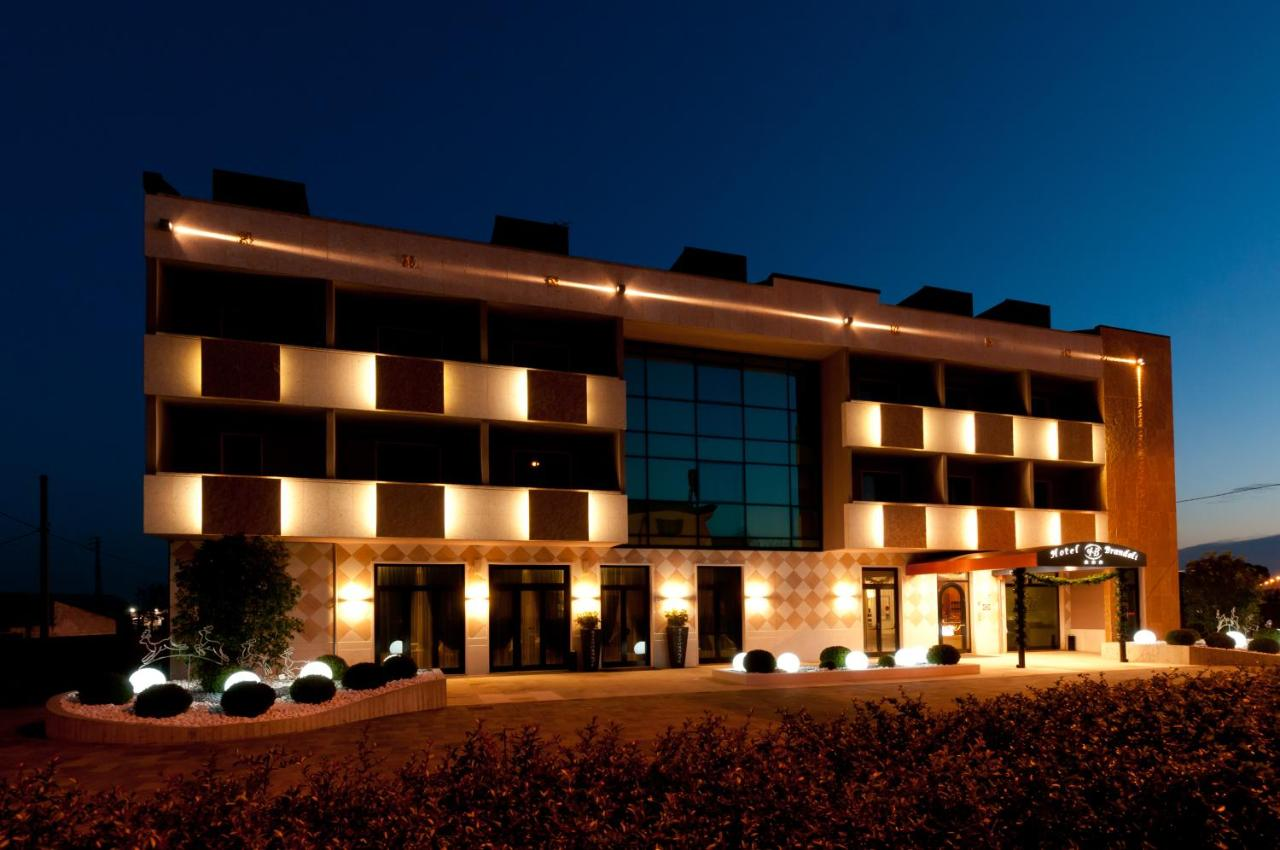 Отель  Hotel Brandoli