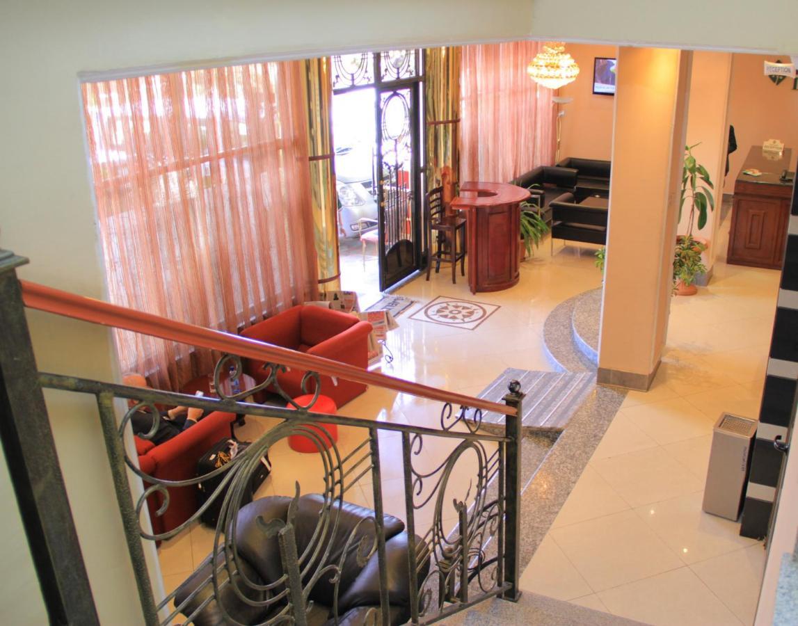 Отель Отель Hotel Lobelia