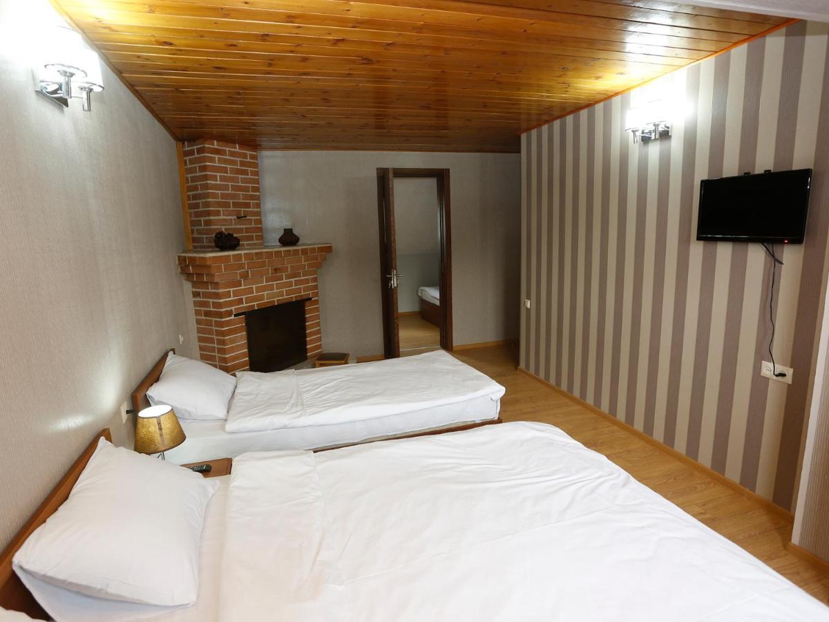 Отель  Hotel Kalanga  - отзывы Booking