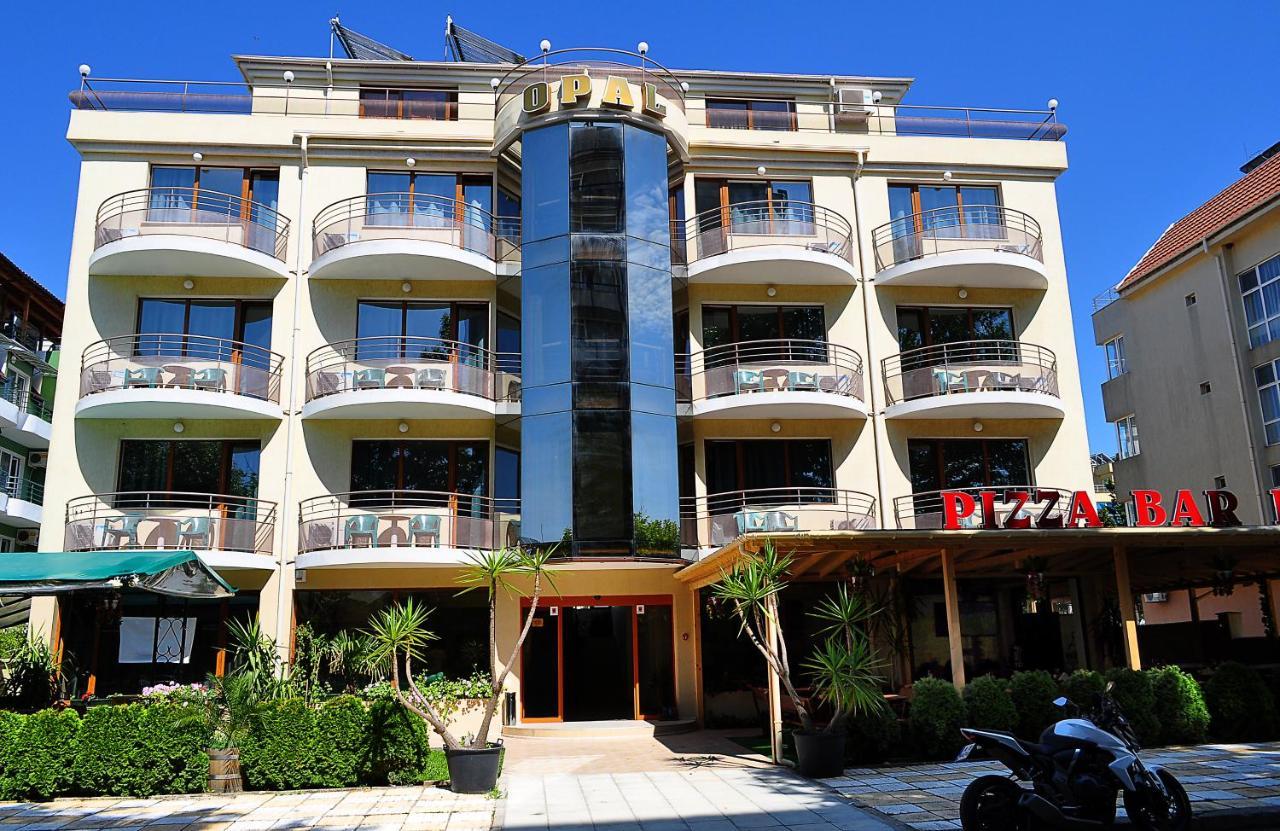Отель  Hotel Opal