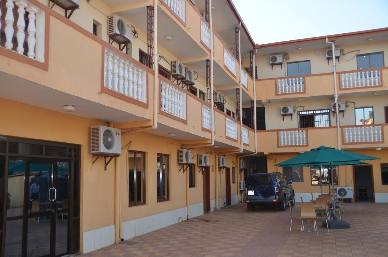 Отель  Juba Crown Hotel