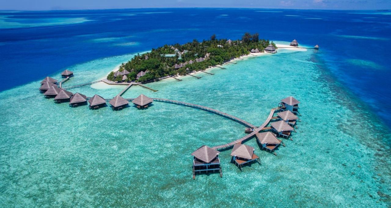 Курортный отель  Курортный отель  Adaaran Club Rannalhi With Free Transfers