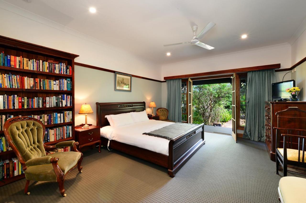Фото Отель типа «постель и завтрак» The Laurels B&B