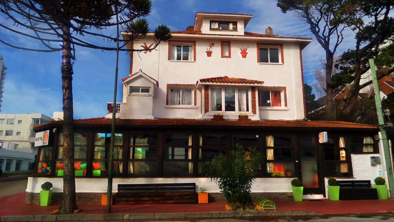 Хостел  Planet Punta Del Este Hostel