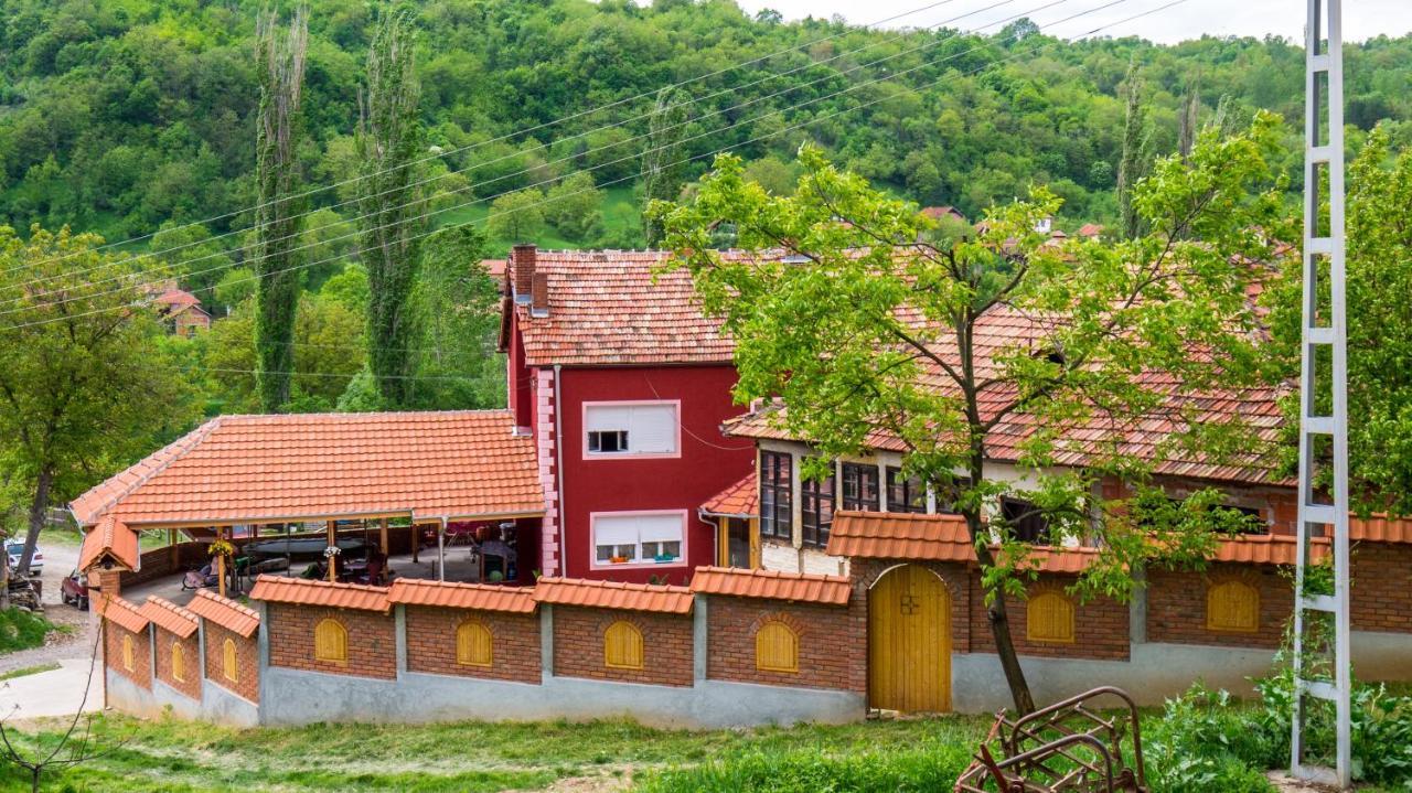 Отель типа «постель и завтрак»  Villa Lola & Nikola  - отзывы Booking