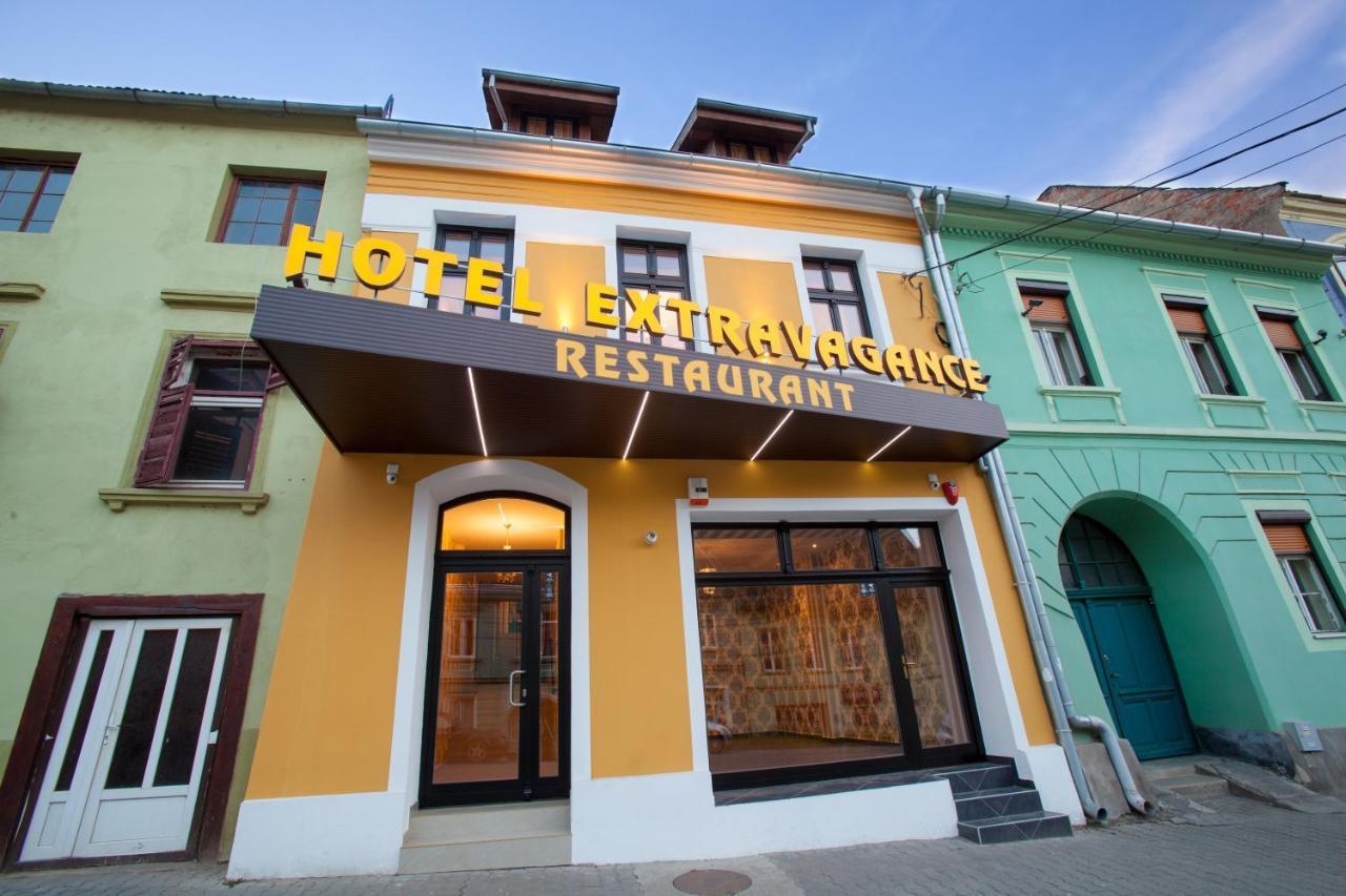 Отель  Extravagance Hotel  - отзывы Booking