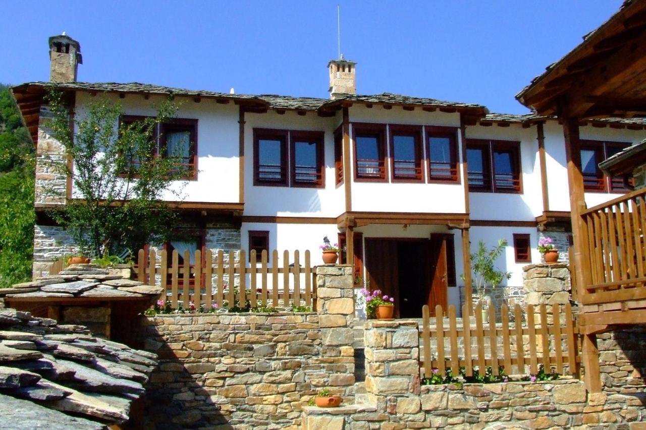 Гостевой дом  Complex Kosovo Houses  - отзывы Booking
