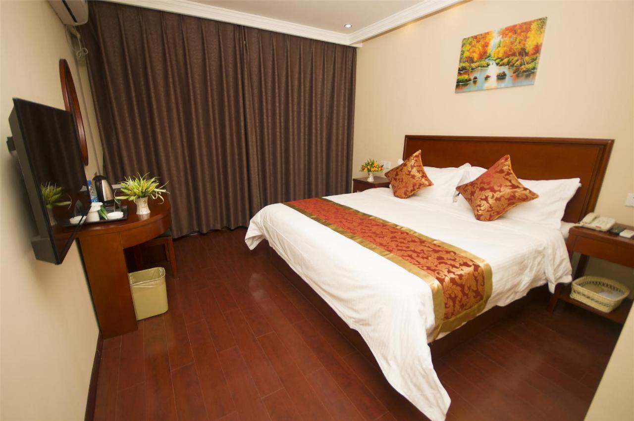 Отель  GreenTree Inn Suzhou Xiangcheng District Wangting Zhanwang Business Hotel