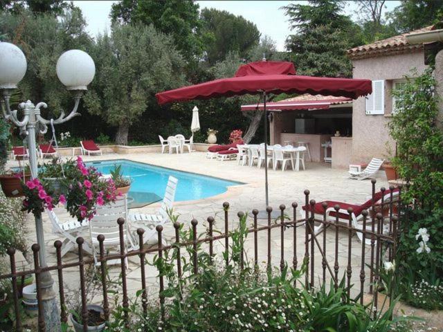Отель типа «постель и завтрак»  Villa l'Air du temps  - отзывы Booking