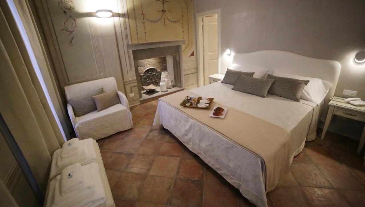 Отель Hotel Renaissance