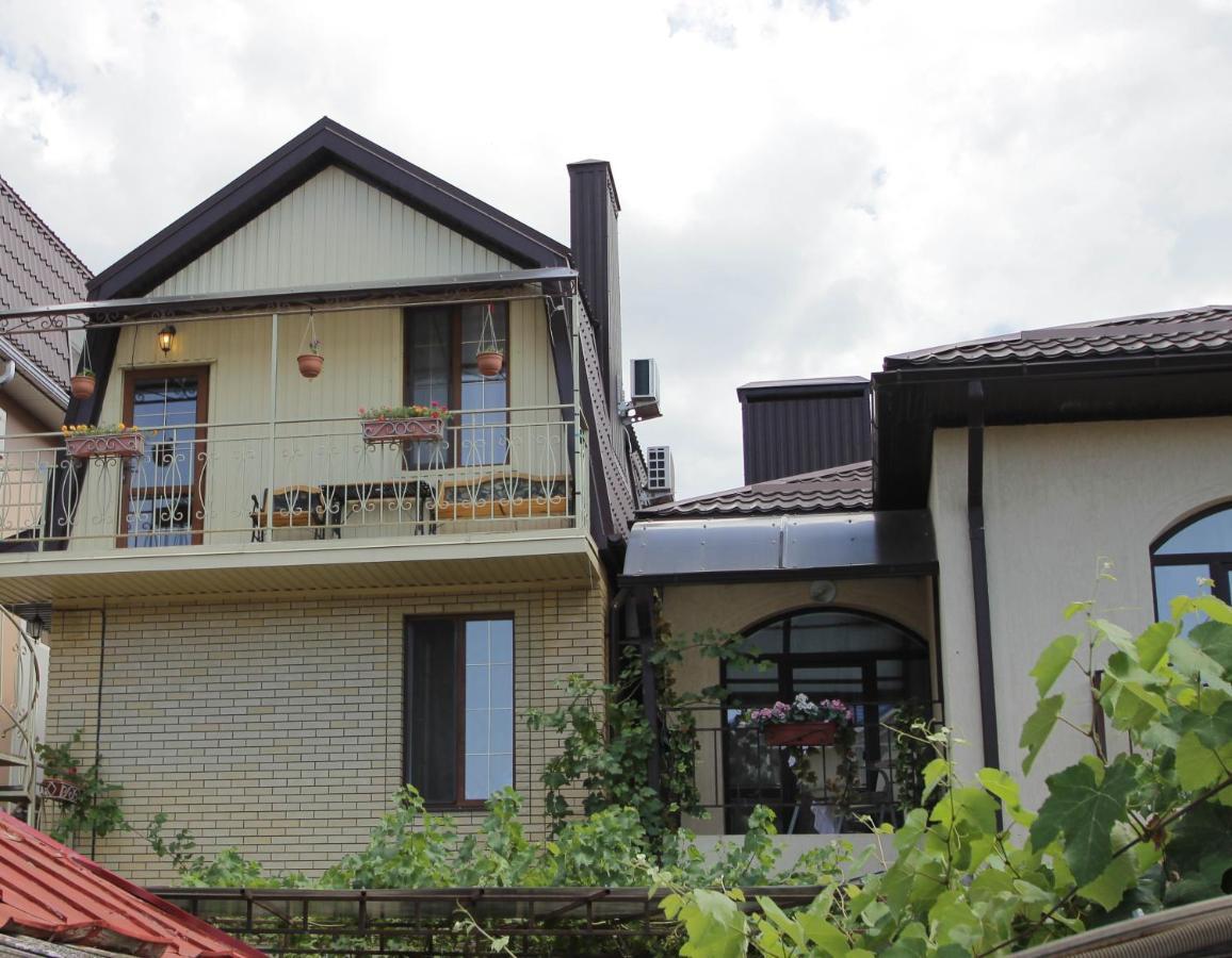 Гостевой дом Гостевой дом Guest House On Turgeneva 172a
