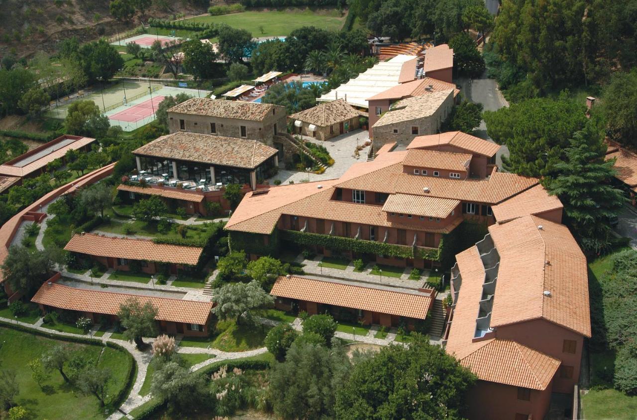 Отель  Hotel Villaggio Calaghena  - отзывы Booking