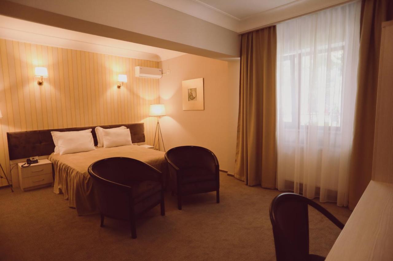 Отель  C&C Residence Hotel  - отзывы Booking