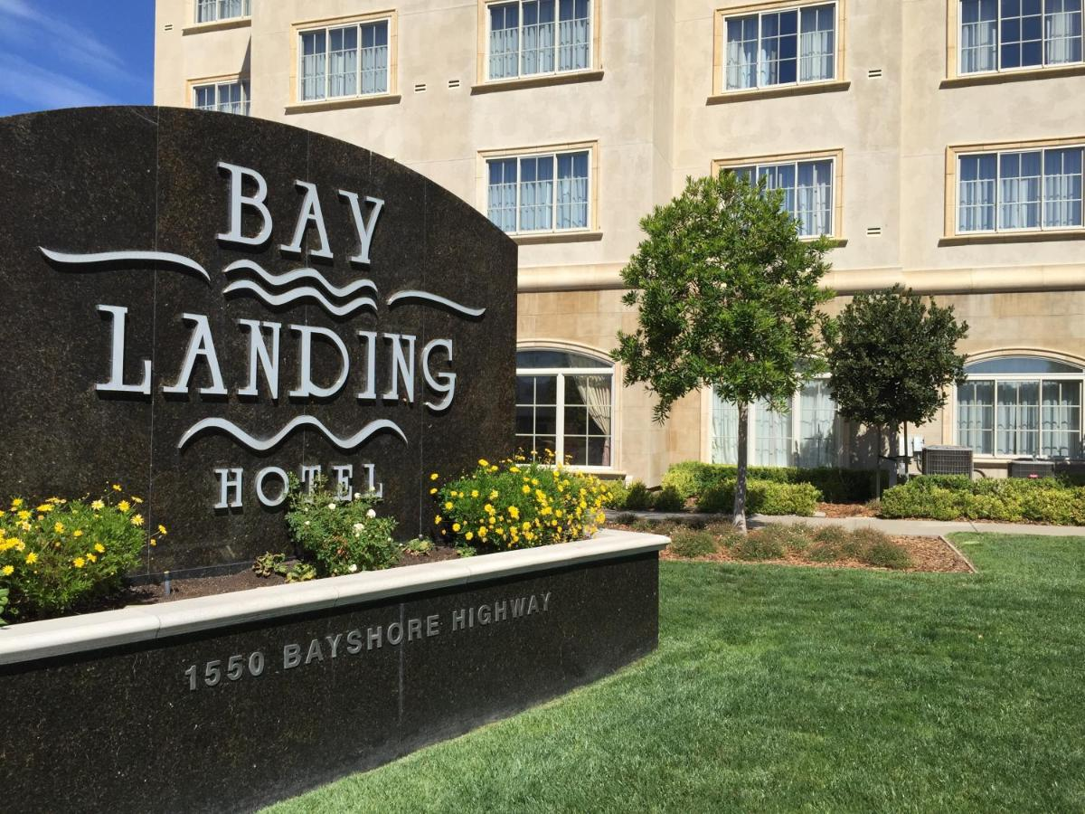 Отель  Отель  Bay Landing Hotel