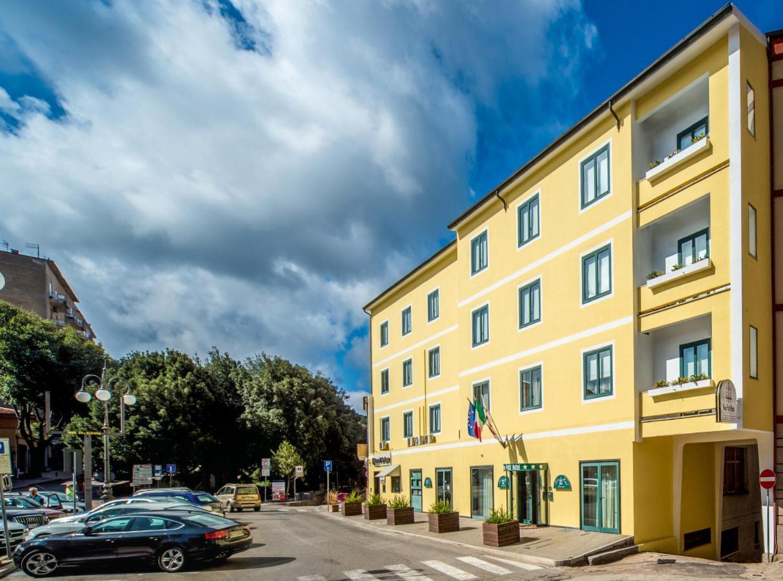 Отель  New Petit Hotel  - отзывы Booking