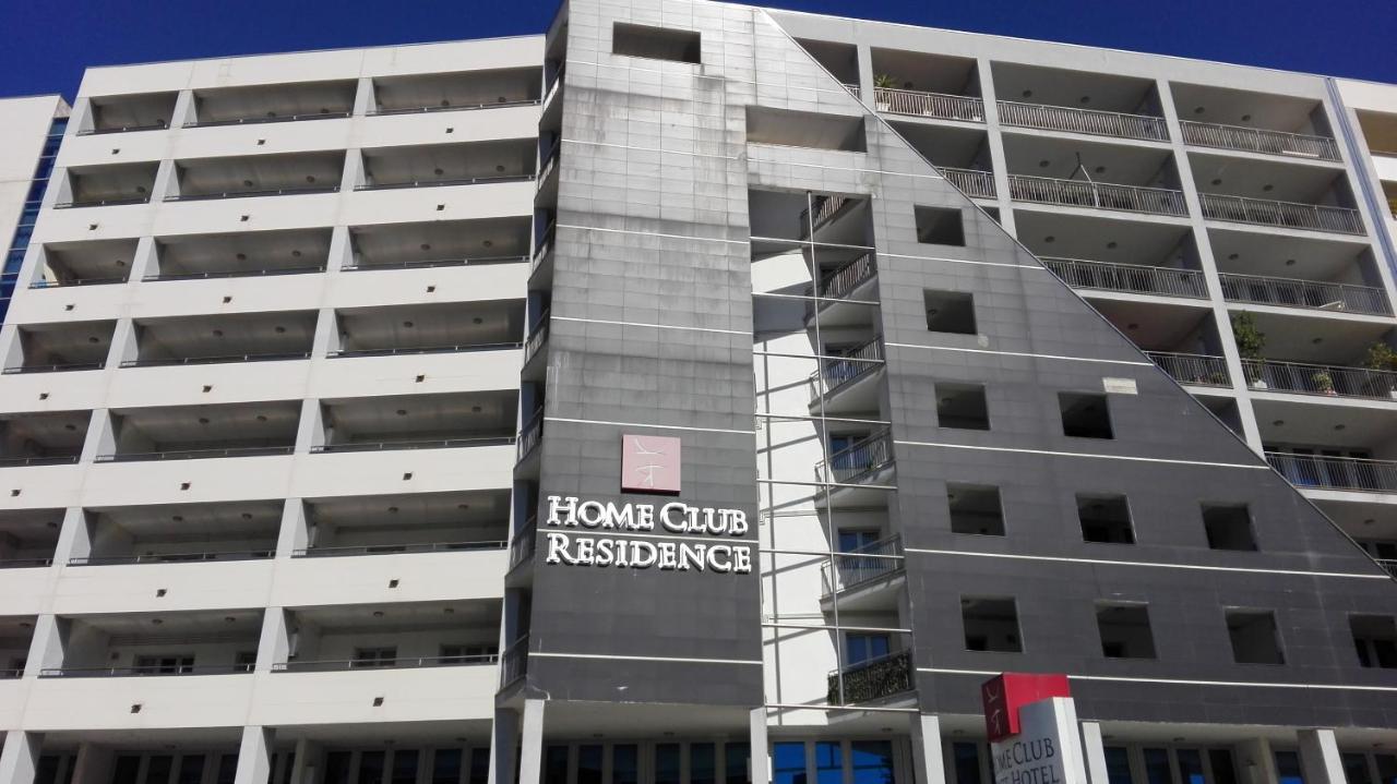 Апартаменты/квартира  Home Club Suite  - отзывы Booking