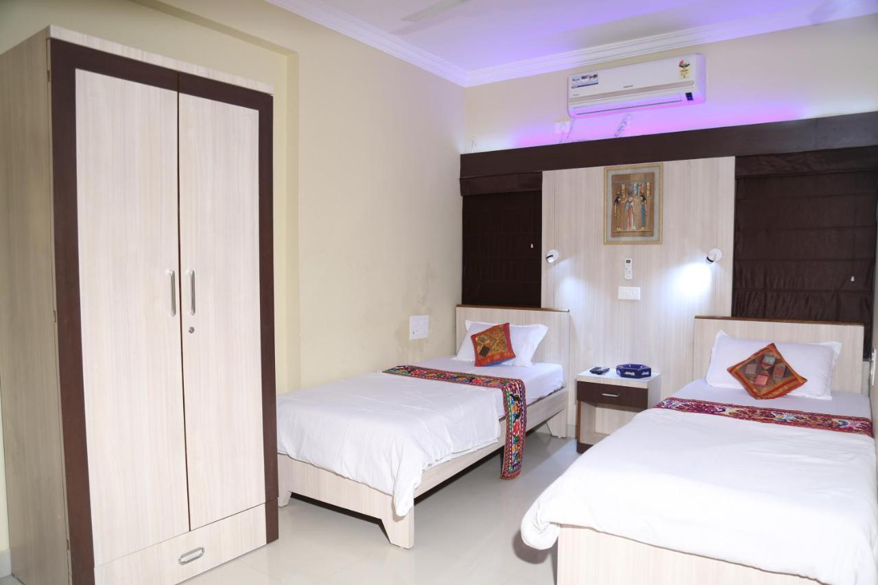 Апартаменты/квартиры  Shivam Apartment