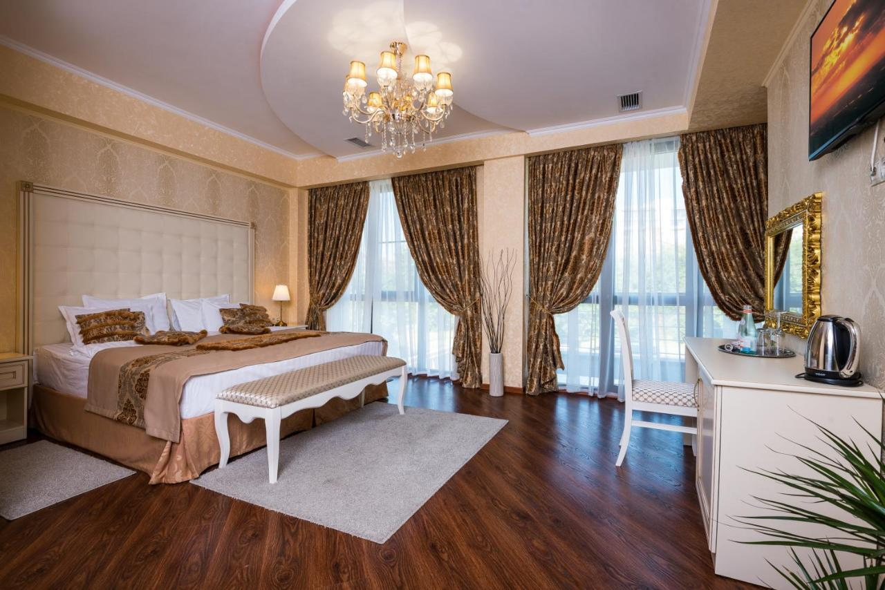 Отель Отель Де Пари - отзывы Booking