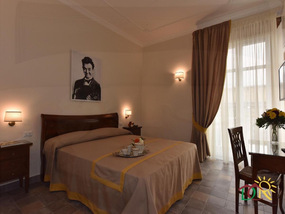 Отель типа «постель и завтрак»  Dimora Conte Di Ruvo
