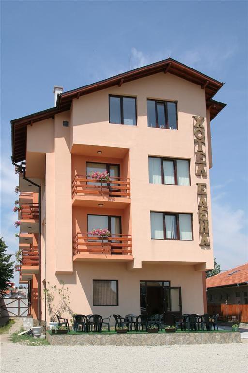 Отель Family Hotel Elena