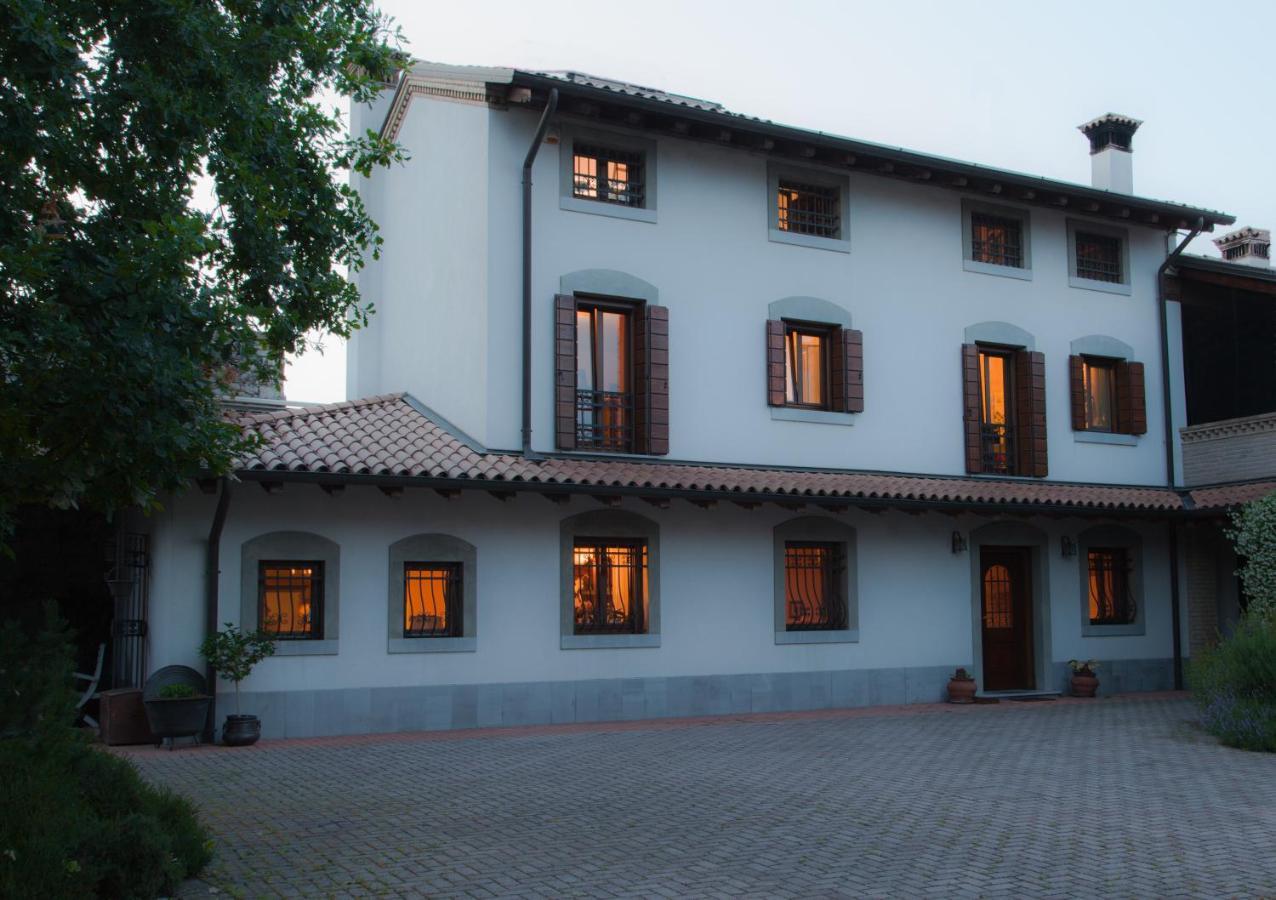 Фото  Отель типа «постель и завтрак»  B&B Borgo San Vito