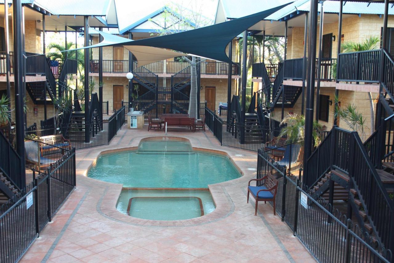 Фото Комплекс для отдыха Apartments At Blue Seas Resort