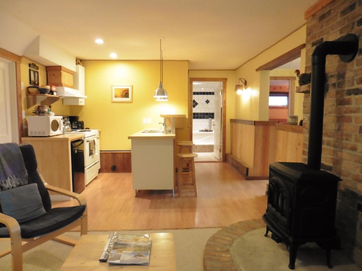 Гостевой дом  Pine Cones Guest House  - отзывы Booking