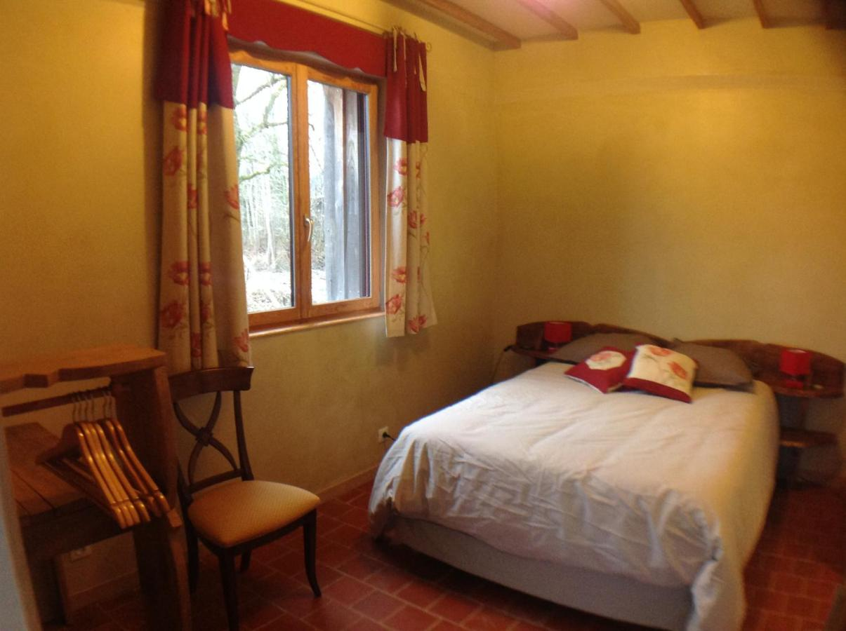 Отель типа «постель и завтрак»  Chambre D'hôtes De Paille Et D'Argile